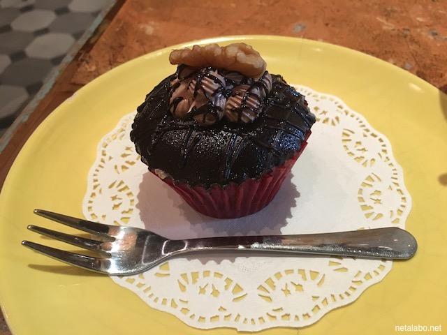 ホーチミンのFly Cupcake Garden Cafeのカップケーキ(ブラウニー)