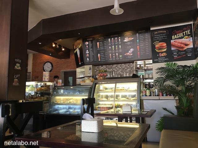 Cafe Sinoukの店内